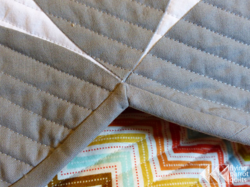 Flying-Parrot-Quilts-Binding-Inside-Corners